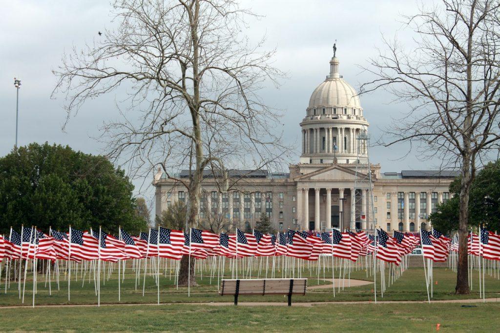 wave building flag usa america united states 1128458 pxhere.com 4 1